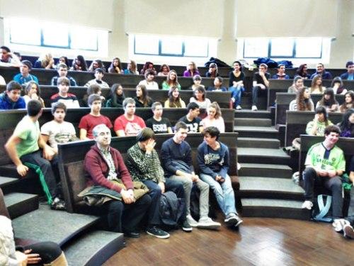 Alumnos asistentes a la jornada Cine-tífica de la Universidad de Zaragoza.