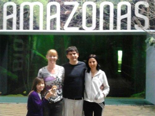 De izquierda a derecha: Lucia, Laura, Pepe y Zoe,