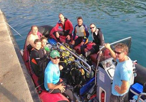 El sábado, primer día de ejercicios de mar