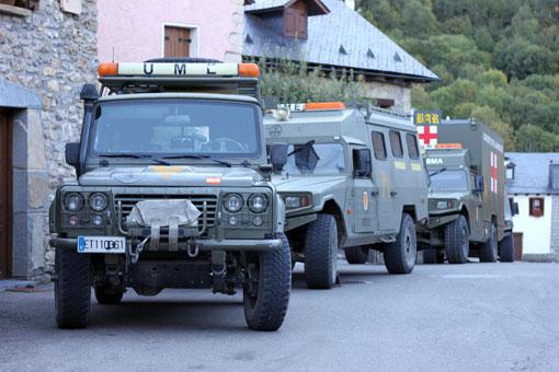 Llegada del convoy de la UME.